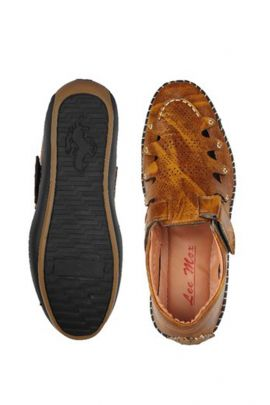 A Set Of Brown Stylish Mens Leather Sandals Bunch