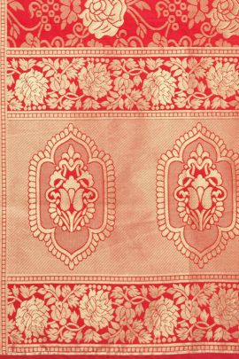 A Set Of Jacquard Silk Weaved Stylish Dupatta Bunch