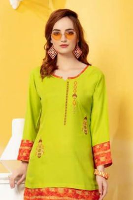 Bunch Of Casual Wear Rayon Embroidered Top By FT