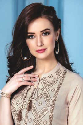 Bunch Of Casual Wear Slub Rayon Embroidery Top by Mayree India