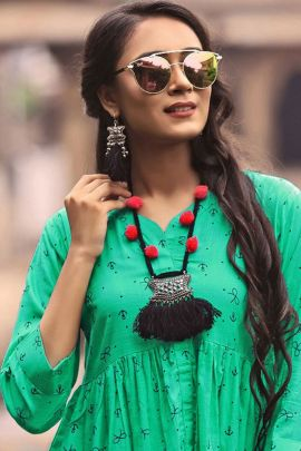 Wholesale College Wear Printed Rayon Manisha Fashion Tops Collection