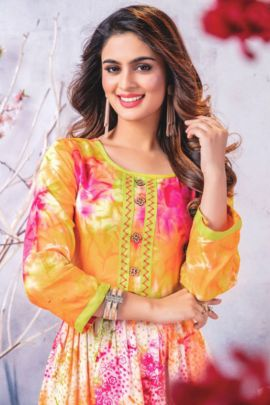 Wholesale Daily Wear Rayon Printed Gown Style Kurti Paavi Collection