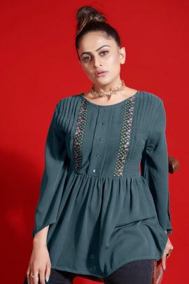 Wholesale Fancy Fabric Embroidered Event Wear Western Style Tops Collection