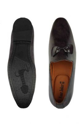 A Bunch Of Black Leather Stylish Party Wear Mens Loafer Set