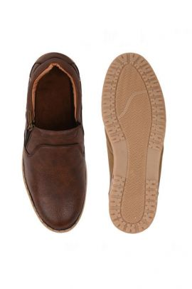 A Bunch Of Brown Mens Casual Leather Shoes Set