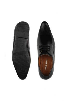 A Set Of Black Party Wear Stylish Mens Formal Shoes Bunch