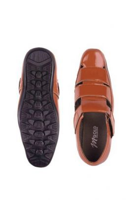 A Set Of Brown Fancy Mens Leather Sandals Bunch