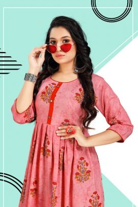 Set Of Casual Wear Foil Printed Rayon Tunic House Frock Style Kurti